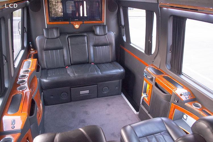 Микроавтобус MERCEDES SPRINTER VIP 8 мест